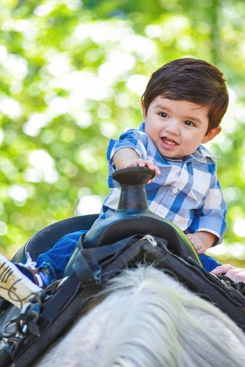 Portrait Outdoors Smiling Nature Day Beauty In Nature Ranch Horseriding Familyphotography