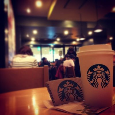 2015.03.25 STARBUCKS® ForHere Tall LightSyrup ExtraTopping AlmondMilkLatte withHoneyedCrunch . . Starbucks Starbuckscoffee スタバ Miillainsはスタバっ子w Miillains あーちち同盟 あー乳 あー乳