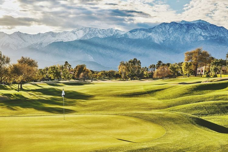 New Golf Work at www.clayhayner.com Golf Golf Course Sport Mountain Green - Golf Course Landscape No People Scenics Outdoors Photo Of The Day Clay Hayner Photo Mountain Range Palm Springs California Travel Photography Photography ClayHaynerPhoto Travel Destinations Sunset Snow