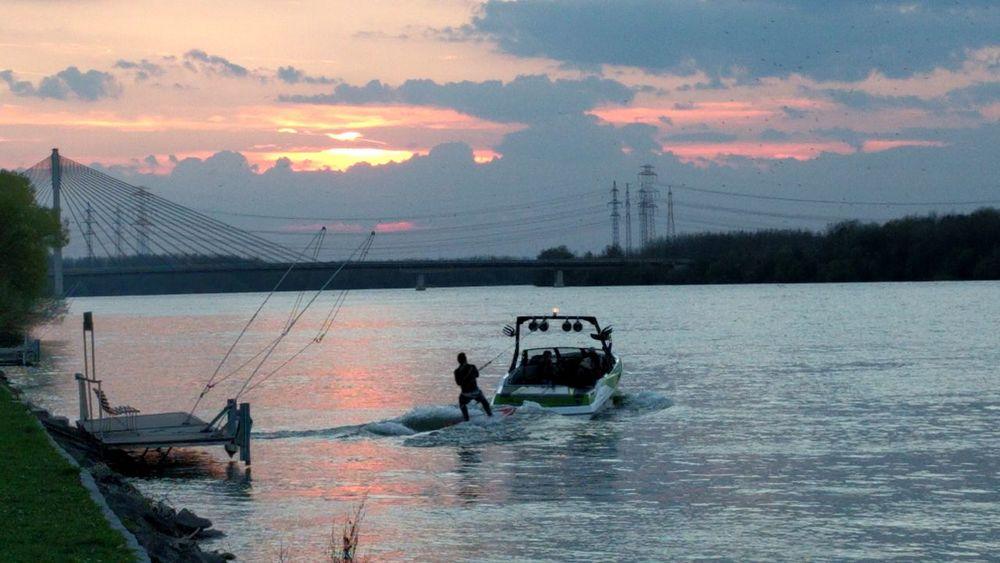 Waterskiing @ Tulln, Austria Water Skiing Tulln Sunset