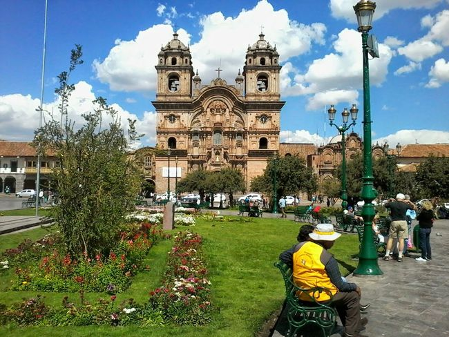 Plaza De Armas Cusco Relaxing Taking Photos Enjoying Life Southamerica How's The Weather Today? Best Weather EyeEm