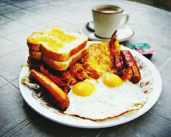 Time For Breakfast  The EyeEm Breakfast Club Breakfast Breakfast ♥ Breakfast Time Having Breakfast BreakfastTime  My Breakfast Huge Breakfast