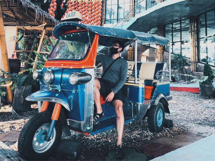 Travel by tuk tuk thailand