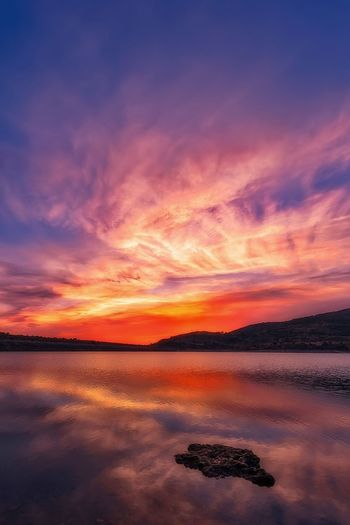 Sunset at swamp Reflection Sunset Beauty In Nature No People Water Tranquility Scenics Sky Nature Outdoors Cloud - Sky Landscape Swamp Clouds Cloudy Sky Nature Photography Naturephotography Nature Paisaje Atardecer Agua Nubes Naturaleza Fascinante Naturaleza_spain Naturaleza The Great Outdoors - 2017 EyeEm Awards The Great Outdoors - 2017 EyeEm Awards The Great Outdoors - 2017 EyeEm Awards Summer Exploratorium The Great Outdoors - 2018 EyeEm Awards A New Beginning Stay Out
