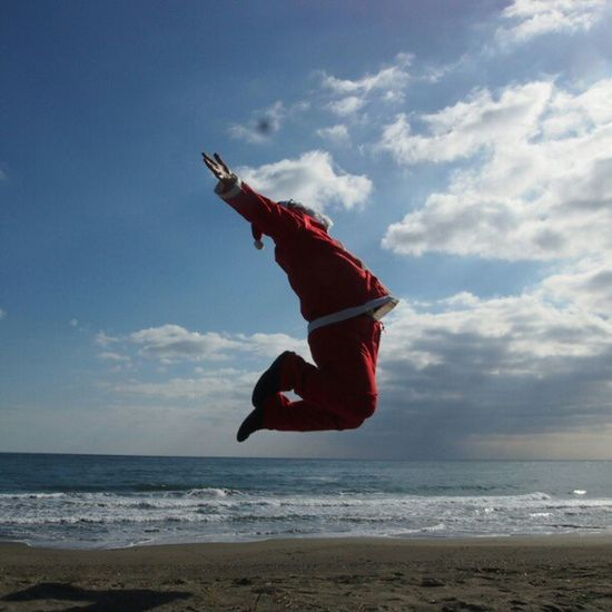 今日の浮遊 TODAY'S LEVITATION  no app 合成はなし Instamood Bestoftheday Sea Cristmas Beach Igers Me Jumpstagram Happy Instagood Sky Instagramhub Funny Webstagram Jump Instadaily Xmas Instahub Santa Tweetgram Levitation Grasslevelseries Japan Moonleap Photooftheday Levitasihore Picoftheday Photogramers Skylove Selftimer