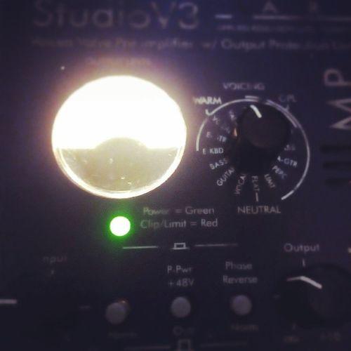 Recording Acoustic Guitar Recordday studiov3 yamaha