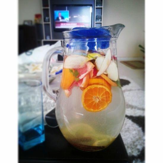 Meyve li ve sebzeli Su niyetine SA ğlık için Fruit Fruitjuice Fruitful vegetable health