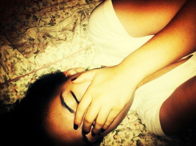 achoo.. *flash* Isneezed Blessyou Selfie Vneck