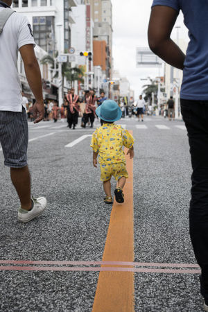 Sony A6000 Naha People Kokusai Street Street Photography Oki A6000 Sony Okinawa Enjoying Life Okinawa Love Kids Bokeh Street Downtown Urban