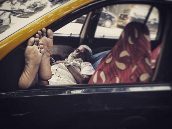 Streetphotography Mobilegraphyclick Mumbai Cab Dailydriver Sukunk Ki Nind