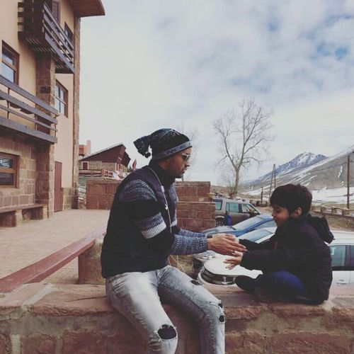 Snow ❄ Snow Day ❄ Mountain View Outdoors Two People Taking Photos Hello World Streetphotography Enjoying Life Life Shildren Communication Relaxing Morocco 🇲🇦 MoroccoTrip