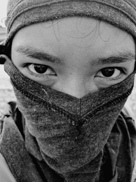 Serious Angry Human Face People First Eyeem Photo Bynexus Darkness Tuchskybymax Patient Blanket Blanket Time CONCEAL