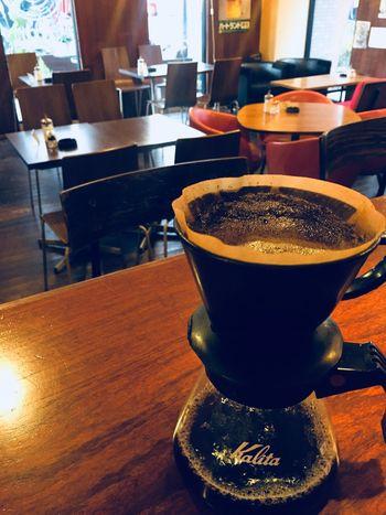 おはようございまーす! 木曜日です。 仕事納めの方も多くなってきましたね。 アルバーマーは、まだまだ営業してまーす(^O^) 本日もアルバーマーオープンです。 よろしくお願いしまーす! モーニング、ランチやってますよ〜 美味しいコーヒー淹れて待ってまーす! アルバーマー 住所・高槻市城北町2-10-20-103 電話番号・072-672-1900 Cafe Time Cafe カフェタイム カフェ コーヒータイム コーヒー Takatsuki Osaka,Japan 大阪府 高槻カフェ 高槻市 Drink Refreshment Food And Drink Coffee - Drink