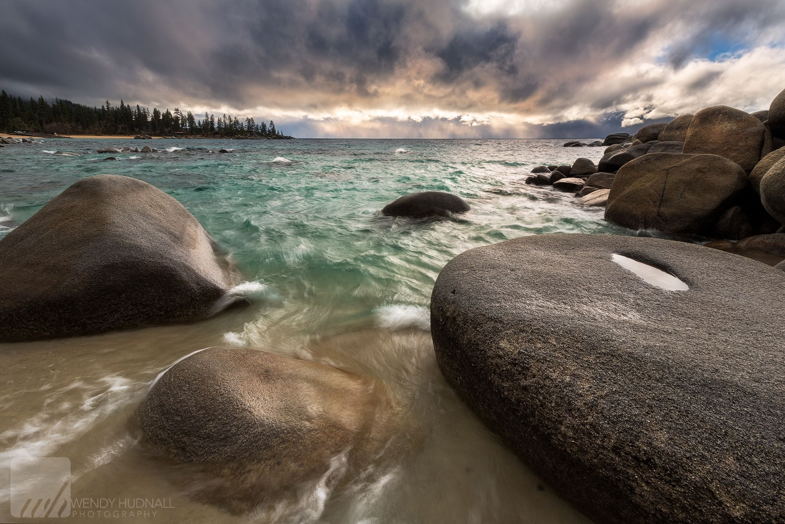 sea, water, sky, beach, tranquil scene, scenics, beauty in nature, cloud - sky, tranquility, horizon over water, shore, rock - object, nature, cloudy, cloud, idyllic, rock formation, sunset, remote, sand