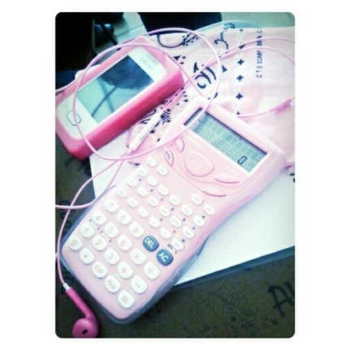 Some of my pink stuffs :) even if im super boyish. Haha. Pink naman ang fav. Color ko. Combination of pink and black actually :) I bought the Pink Scientific calcu for only Php127.00 at novo. Gusto ko talaga kasi pink e haha :D PinkStuffs SciCal Headset Phonecase scarf duringMathOfInvestmentClass collection
