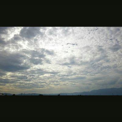 時間の隙間。 空 Sky イマソラ ダレカニミセタイソラ Team_jp_ Japan Instagood 景色 Scenery 自然 Nature Icu_japan Ig_japan Ig_nihon Jp_gallery Japan_focus 雲 Cloud