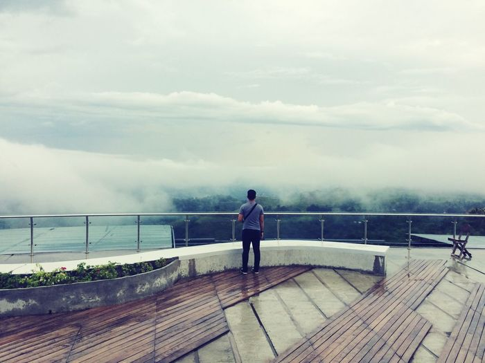 Sky Is The Limit Cloudporn Fogscape Fog Foggy Day Beyond The Fogs One Man Only Man On The Edge Hugo Cdo Eyeem Philippines EyeEm Selects Taking Photos EyeEm Best Shots Outdoors Nature_collection The Great Outdoors - 2017 EyeEm Awards Outdoor 2017 Eyeem Awards Breathing Space Investing In Quality Of Life The Week On EyeEm Mix Yourself A Good Time Been There.