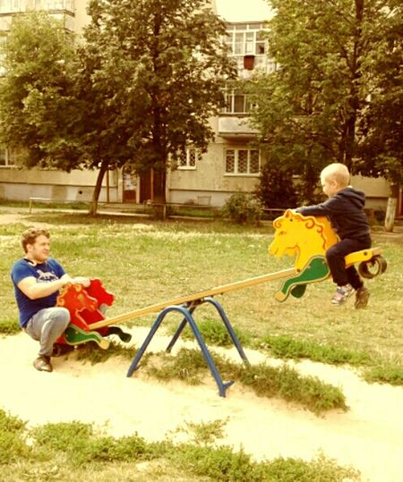 Child Playing дети Childhood Lifestyles Boys Men Elementary Age