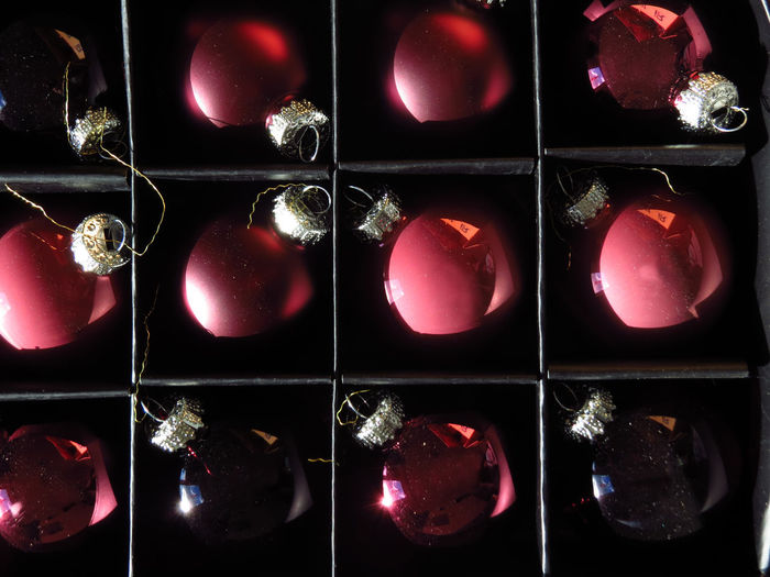 Close-up Christmas Christmas Decoration Christmas Ornament christmas tree Ornaments Ornament Bauble Baubles Side By Side Full Frame Arrangement Design Grid In A Row Pattern Composite Image Backgrounds Order Shape Balls Christmas Bauble Christmas Balls Mirror Reflection Glass Ball