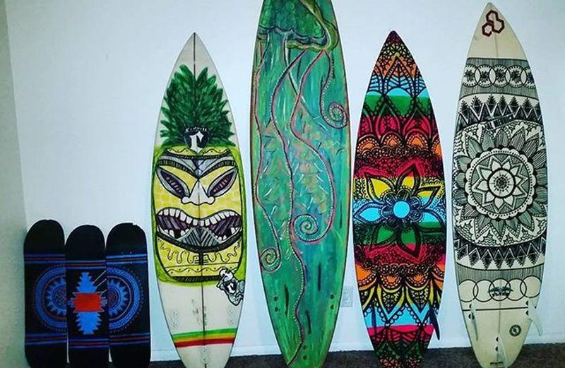 My little art studio❤🎨 Art Boardstix Paintpens Addicted Surf Surfboard Surfboardart Mandala MandalaDesign Tiki Skate Skateboard Artstudio Jelly Likeforlike Follow4follow Artist
