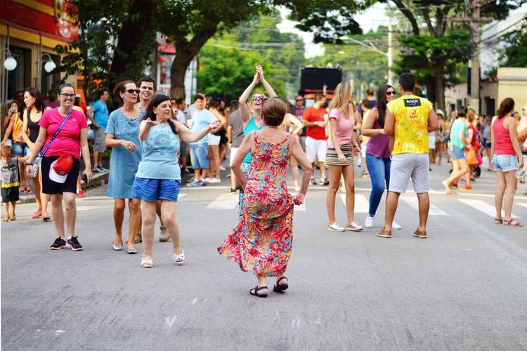 Carnival Crowds And Details Multi Colored Colorful Togetherness Crowd Outdoors Happiness Carnival Streetphotography Music Brazil Celebration Cheerful The Street Photographer - 2017 EyeEm Awards Let's Go. Together.
