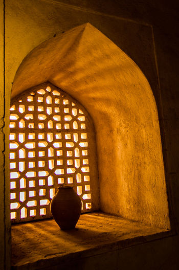 Light Seeking Architecture Built Structure Earthen Earthen Pot Heritage Building Indoors  Jabreen Castle Light Oman Shadow Window
