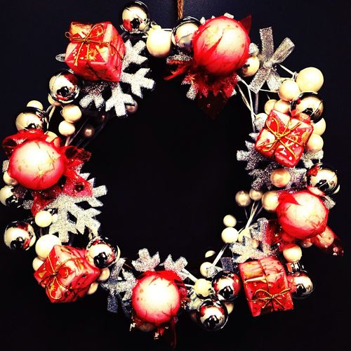 リース 作った ☆ DIY キラキラ Natural Kitchen 赤と白 ☆ちょっと早い クリスマス の準備^ ^