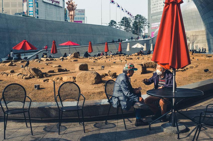 Dongdaemun Design Plaza, Korea. 2017 People Streetphotography Street Photography Candid Streetphoto_color Korea Dongdaemun X100t Photojournalism Fujifilm Streetleaks Fujifilm X100T Photodocumentary Photjournalism
