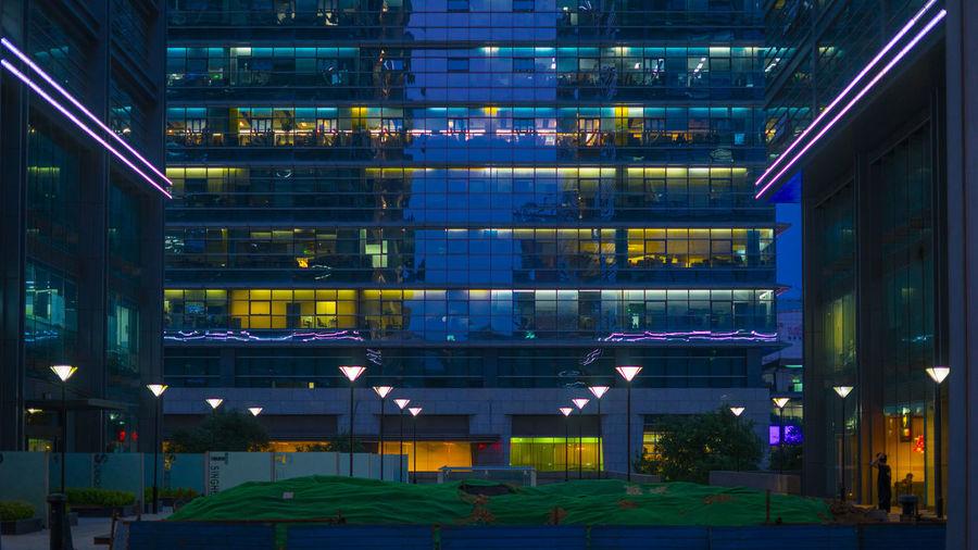 偶然这样的一个夜晚,想起来过去了多少年前,也没有这样的高楼和灯火,也没有人这么晚还得要加班。 night Architecture City Building Night City Life Office Office Building Exterior Lights Glass - Material
