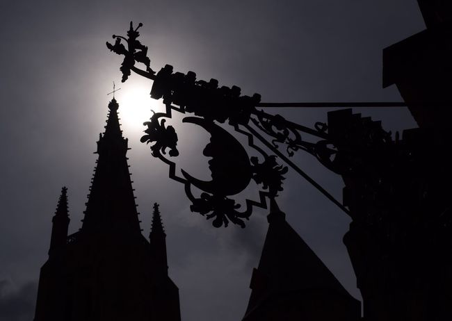 Time: 15:08 CET Nikonphotography Belgium Brugge Belgium Cities At Night Eyeem Awards 2016 Light And Shadow Contrast Silhouette Detail The Great Outdoors With Adobe The Week Of Eyeem