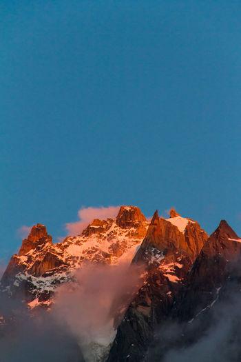 Chamonix-Mont-Blanc EyeEmNewHere Mountain Range Non-urban Scene No People Snowcapped Mountain Mountain Peak Sky Copy Space