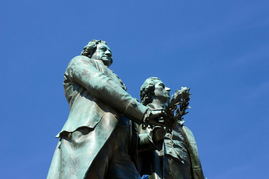 Cityscapes I Love My City Seeing The Sights Sightseeing Goethe Schiller Sight Blue Sky Statue Perfect Match Canon EOS 700D EF 35mm f2