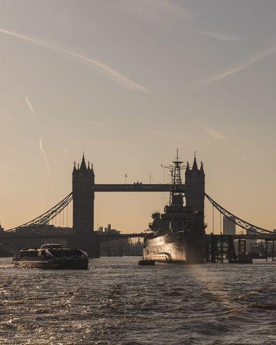 Golden glow Cityscapes City View  London Urbanphotography Taking Photos Urban City LONDON❤ Architecture Sunrise_Collection Sunrise Tower Bridge