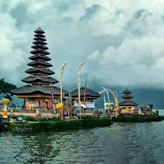 Pura Ulun Danu Bratan Bedugul Bali INDONESIA