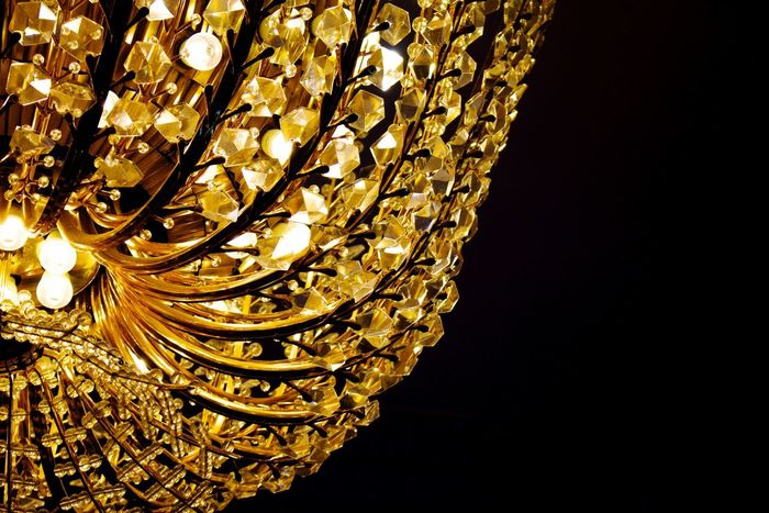 Creative Light And Shadow Macro Lamp Chandelier Lustre Black álbum Gold 43 Golden Moments Fine Art Photography Beautifully Organized Canon EOS 700D EF-S 18-55mm IS STM
