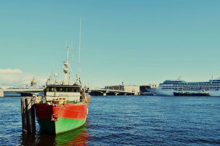 Saint Petersburg Sírius Boat Vasilievsky Ostrov