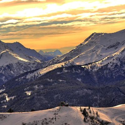 Alpes Winter Mountain Landscape