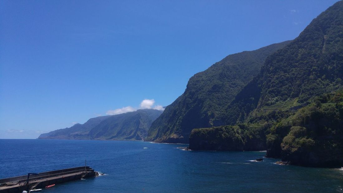 Paradise Nature Naturelovers Bestplace Bestview Ocean Mountains Greenmountain Blue Madeira Madeiraisland Madeiradigital LGG4 Lgg4photography My Favorite Place Been There.