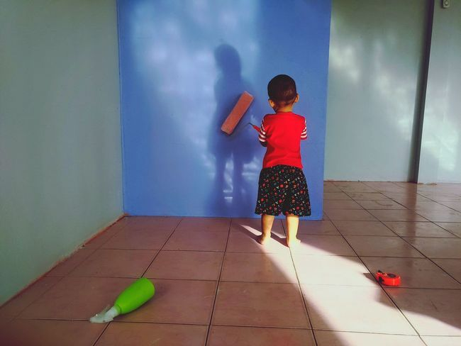 naughty kid Back Paint The Walls Child Childhood Full Length Children Asian  Single Parent Pretty Hood Head And Shoulders Broom