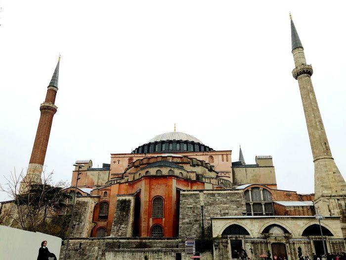 Büyüleyici Ayasofya Architecture Built Structure Building Exterior Sky Building Travel Destinations Religion