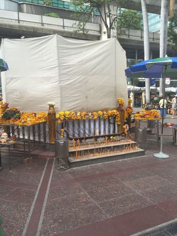Erawan Shrine GodBless Bangkok Trauer