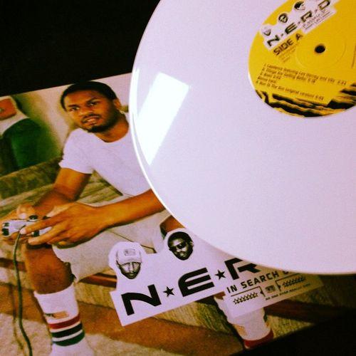 Aanwinst van vandaag :3 Music Vinyl Vinyl Records White Vinyl N.E.R.D. ...in Search Off