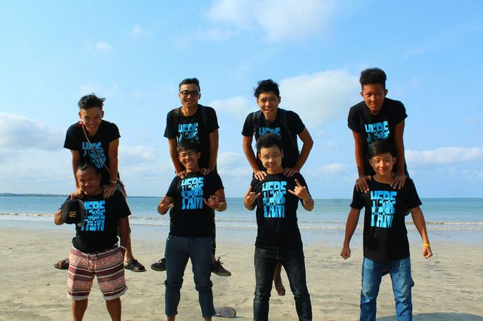 Blue Wave Group Travel Brotherhood For Natutre Shoreline Feel The Journey Colour Of Life Two Is Better Than One The Great Outdoors - 2016 EyeEm Awards Feel The Jouney
