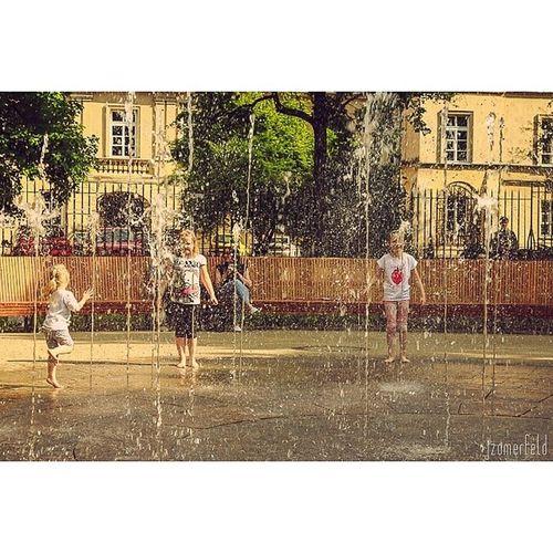 Playing with water in the fountain, children's joy is limitless. :-) Play Water Fountain Fun sun warm_day warm children girl joy limitless Warsaw Warszawa zabawa radość dzieci fontanna