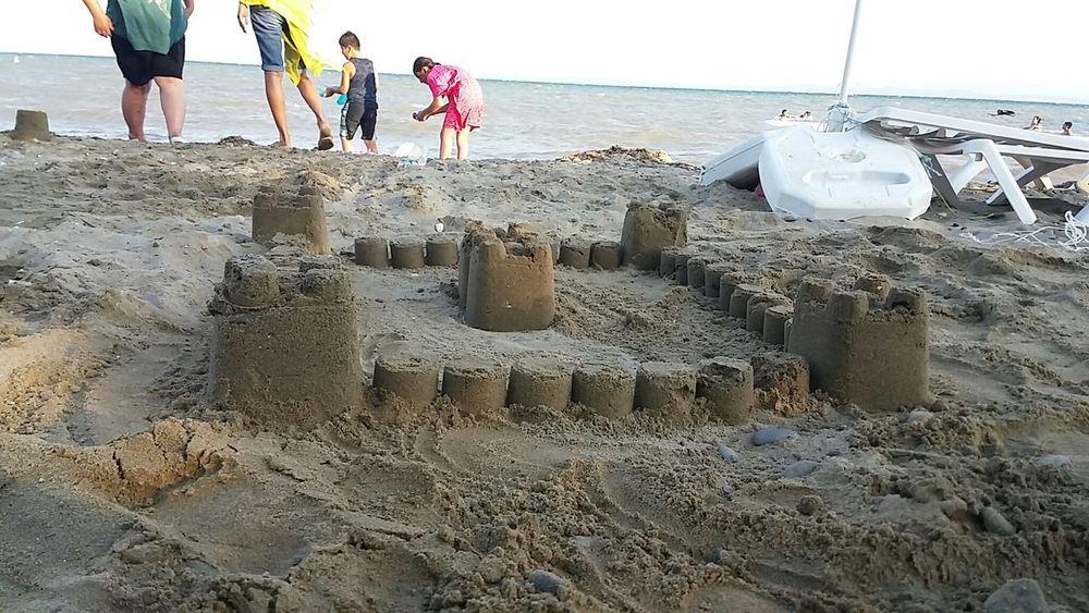 Icimdeki çocuğun hala yasiyor olmasi beni mutlu etti :) Kumdankale Beach Sea Holiday Summer Muhteşem üçlü Deniz Kum Gunes