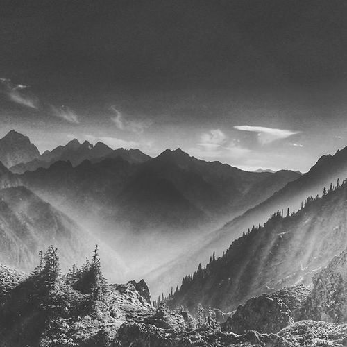 One of my favorites of all time. This is up at tunnel creek. Blackandwhite Nocolor Mountains PNW Upperleftusa Washington Olympicnationalpark Gopro Goprooftheday Summit