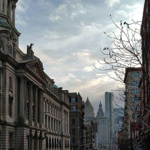 Urban vista. ▫ Agameoftones Urbangathering Manhattan Newyorkcity Urban Imaginatones Ig_color Color Mood Tones Soho Nycprimeshot Newyork Newyorkcity NYC Broadway Architecture View
