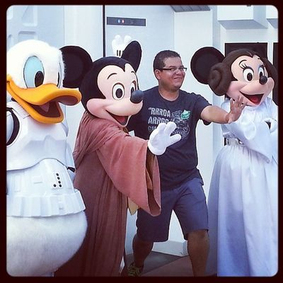 May the force be with you Starwarswknds Sillymexican Starwars DisneyWorld vacation funtimes lovelife