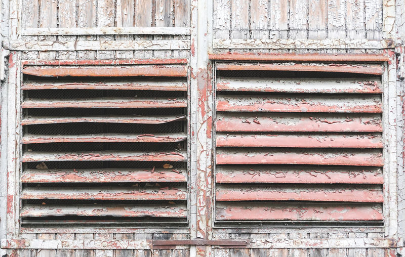 Details of old industrial buildings in Schoeneweise Old Metal Architecture Built Structure No People Weathered Outdoors Windows Industry Schoeneweide Rusty Rust Pattern Structure Lines Details Full Frame Abandoned