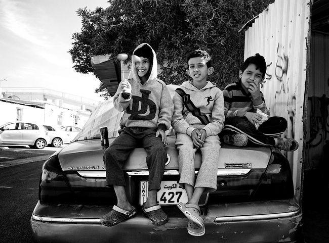Friendship. Streetphotography Leicacamera